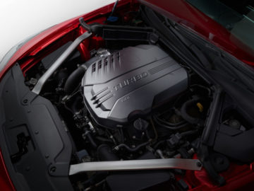 kia-stinger-gt-3.3l-tgdi-engine