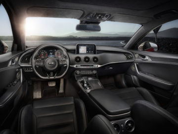 kia-stinger-gt-dashboard
